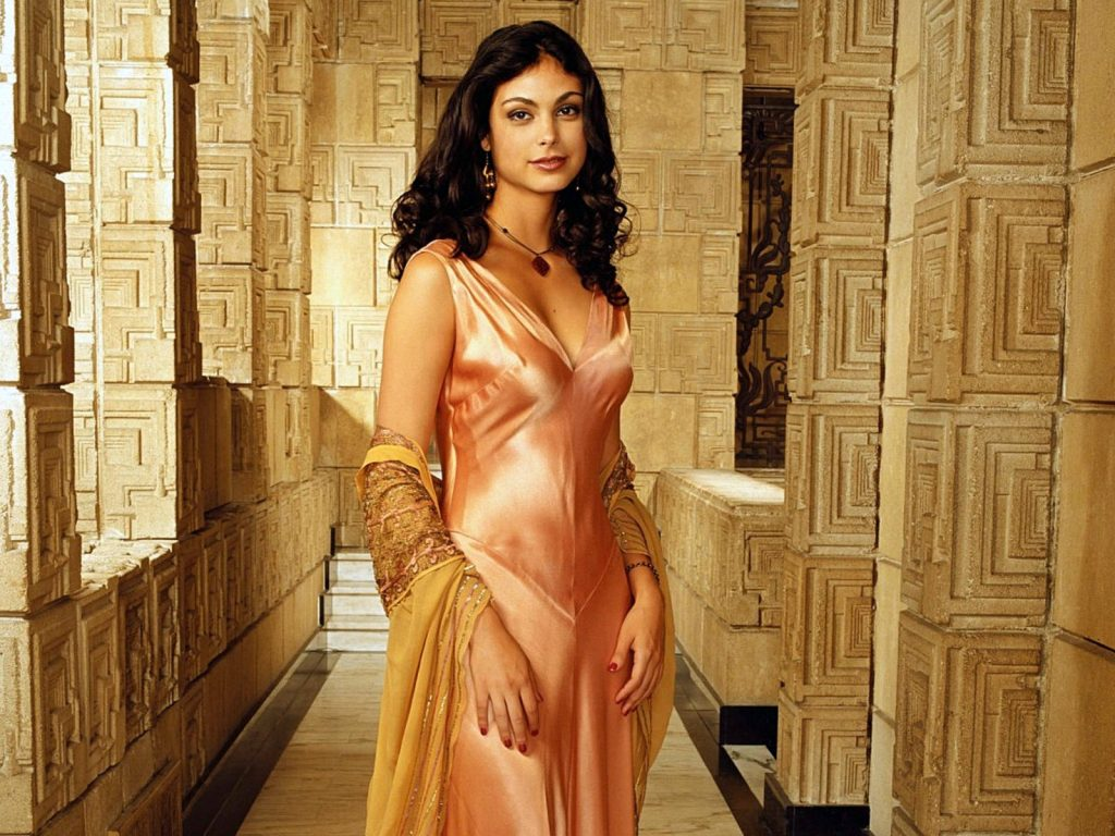 Moneca Baccarin as Inara Serra in Firefly